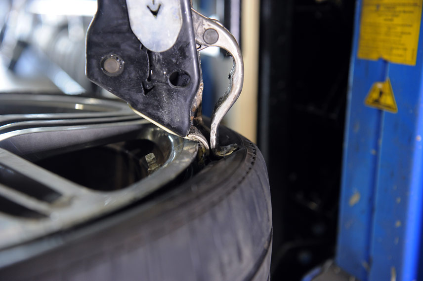 image of tyre removal
