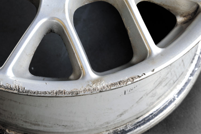 image of kerb damaged alloy wheel